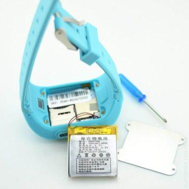 Умные часы Q50 и аккумулятор